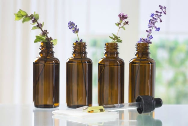 11 Essential Oils Diffuser Benefits