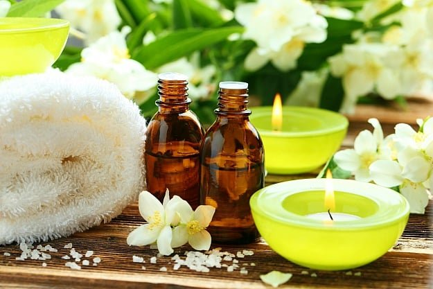 Jasmine Oil | Best Essential Oils To Treat Stress