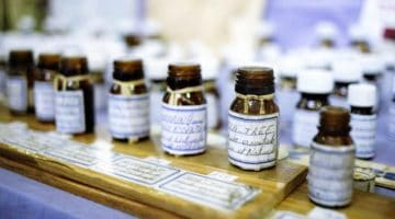 Feature | Blending Essential Oils Tips and Tricks