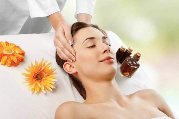 For a Soothing Massage | Effective Essential Oil Uses