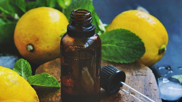 Use Lemon Balm Essential Oil | Essential Oils For High Blood Pressure You Need To Know